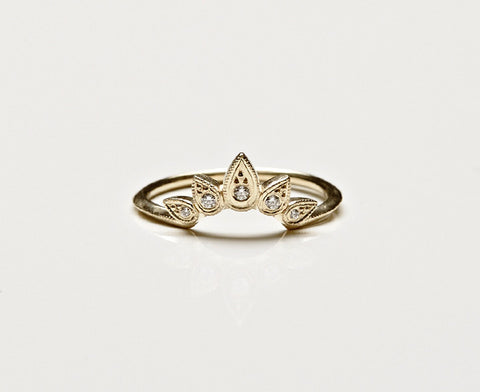 Sunburst Ring Gold Oval