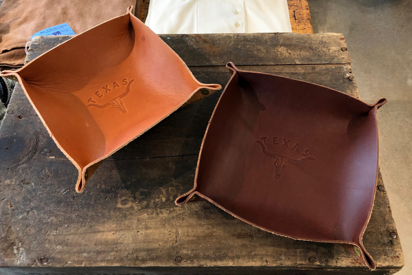 Leather Valet Tray | Longhorn | Manready Mercantile