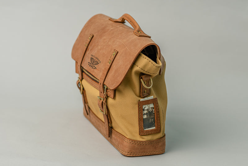 Dispatch Brief | Light Brown on Khaki | Thrux Lawrence