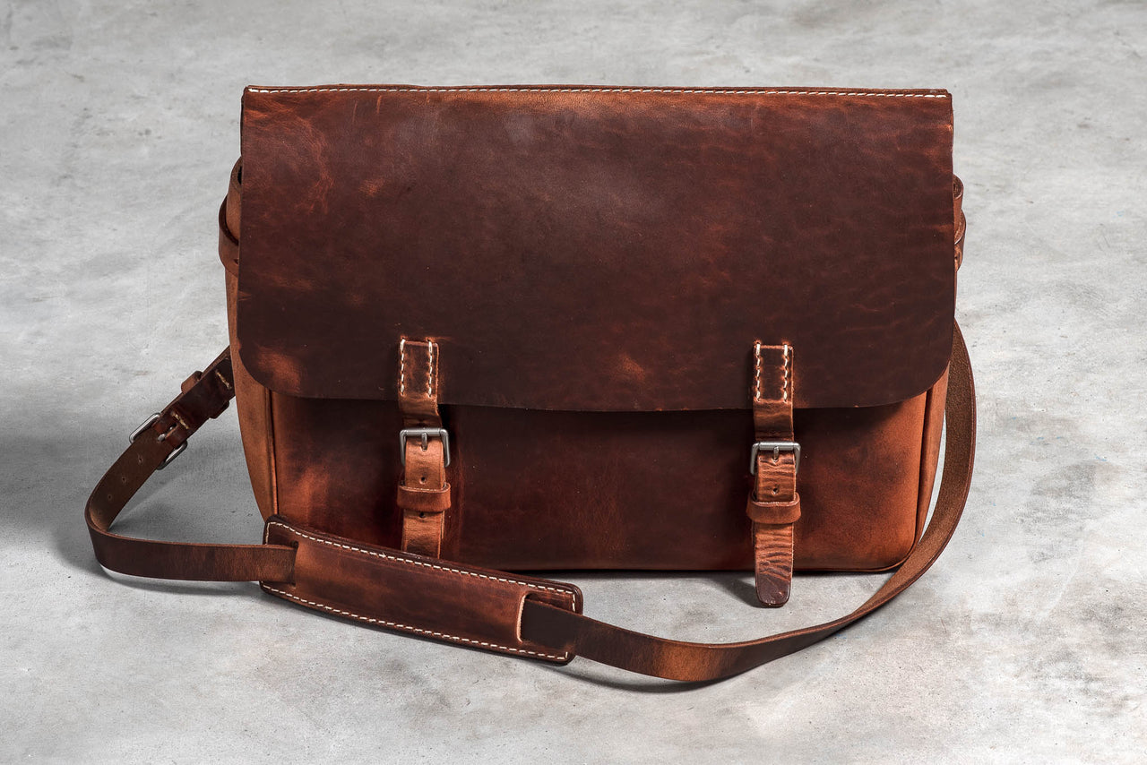 Americana Messenger Bag | Stone Washed Chestnut | Coronado Leather