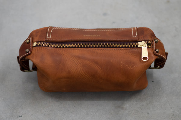 Coronado Leather Americana Dopp Kitt #290 in Chestnut available at Manready Mercantile and manready.com