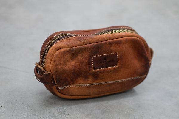 Coronado Leather Vintage Stone Washed Dopp #190 available at Manready Mercantile