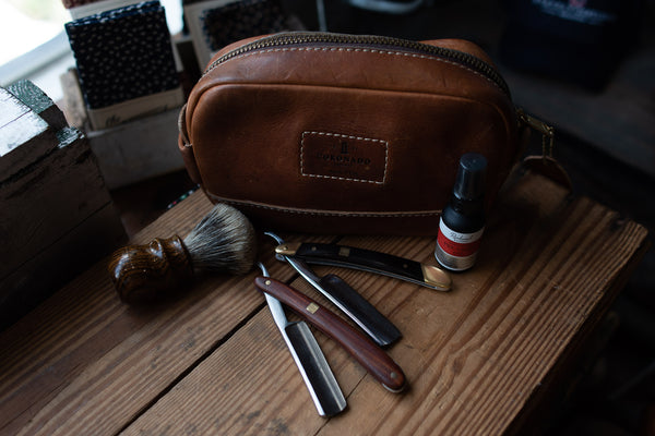 Straight Edge Razor | Redwood | Be Shaven - Manready Mercantile