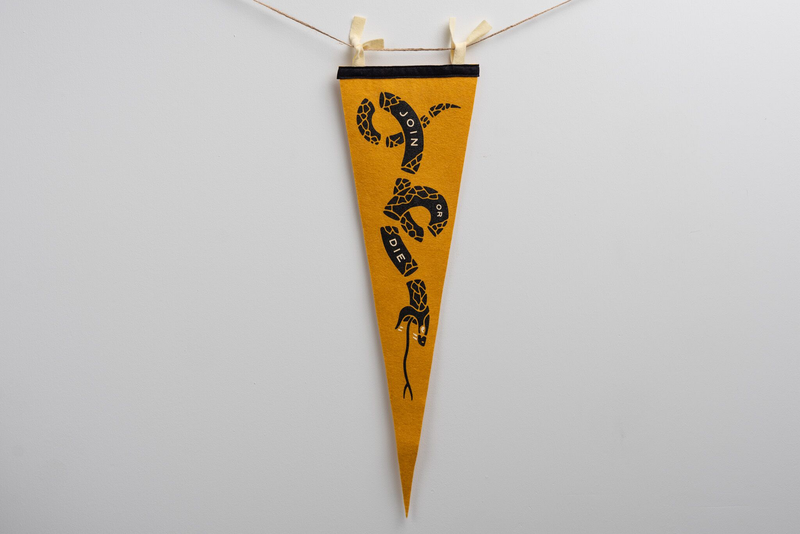 Pennant | Join Or Die Gold | Oxford Pennant