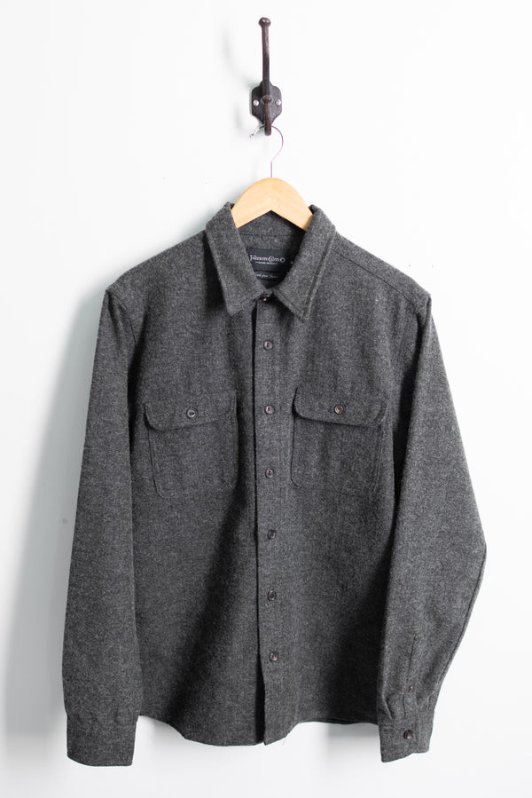 Benson Shirt | Charcoal Herringbone | Freenote Cloth