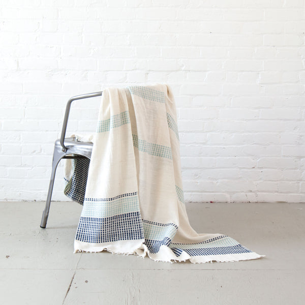 Camden Cotton Lightweight Blanket - Azure & Navy