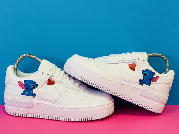 custom air force 1 Air Force one custom  Custom nike  Chaussures personnalisée Customiser chaussures  Air Force one comme des garçons  Customiser basket  Basket personnalisée  Personnaliser chaussures lilo et stitch lilo and stitch petit coeur