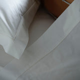 Egyptian Cotton Pair of Flat Sheets with Double Row Cording 240tc by Peter Reed