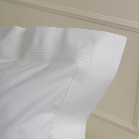 Oxford Pillowcase by Peter Reed -240tc Egyptian Cotton with 4 Row Cording