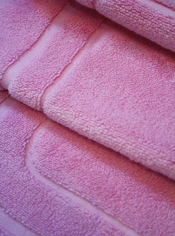 Rose Pink Lightweight Cotton Bath Mat