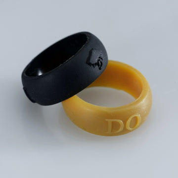 Silicone ring.