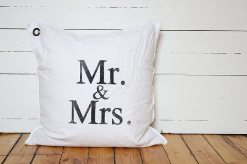 mr & mrs. pillow
