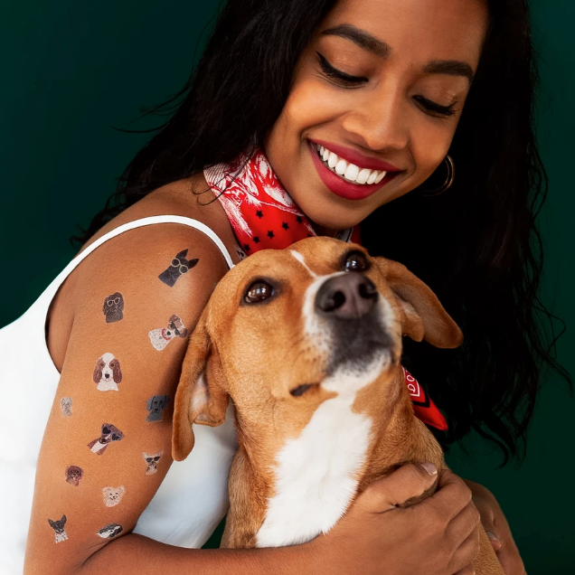 Tattly Sheets - Dog Days (on model)