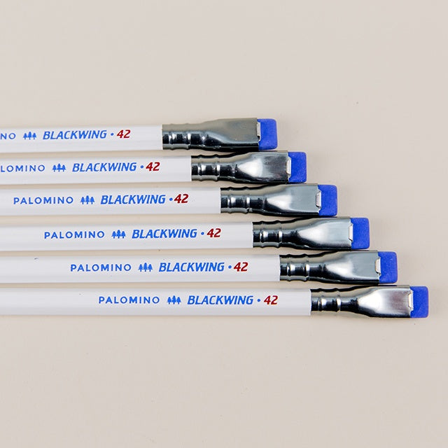 Blackwing Volume 42