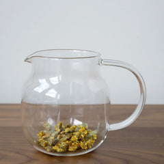 chrysanthemum tea in pot