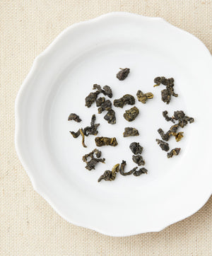 2028 Oolong Half Rolled Tea Leaves