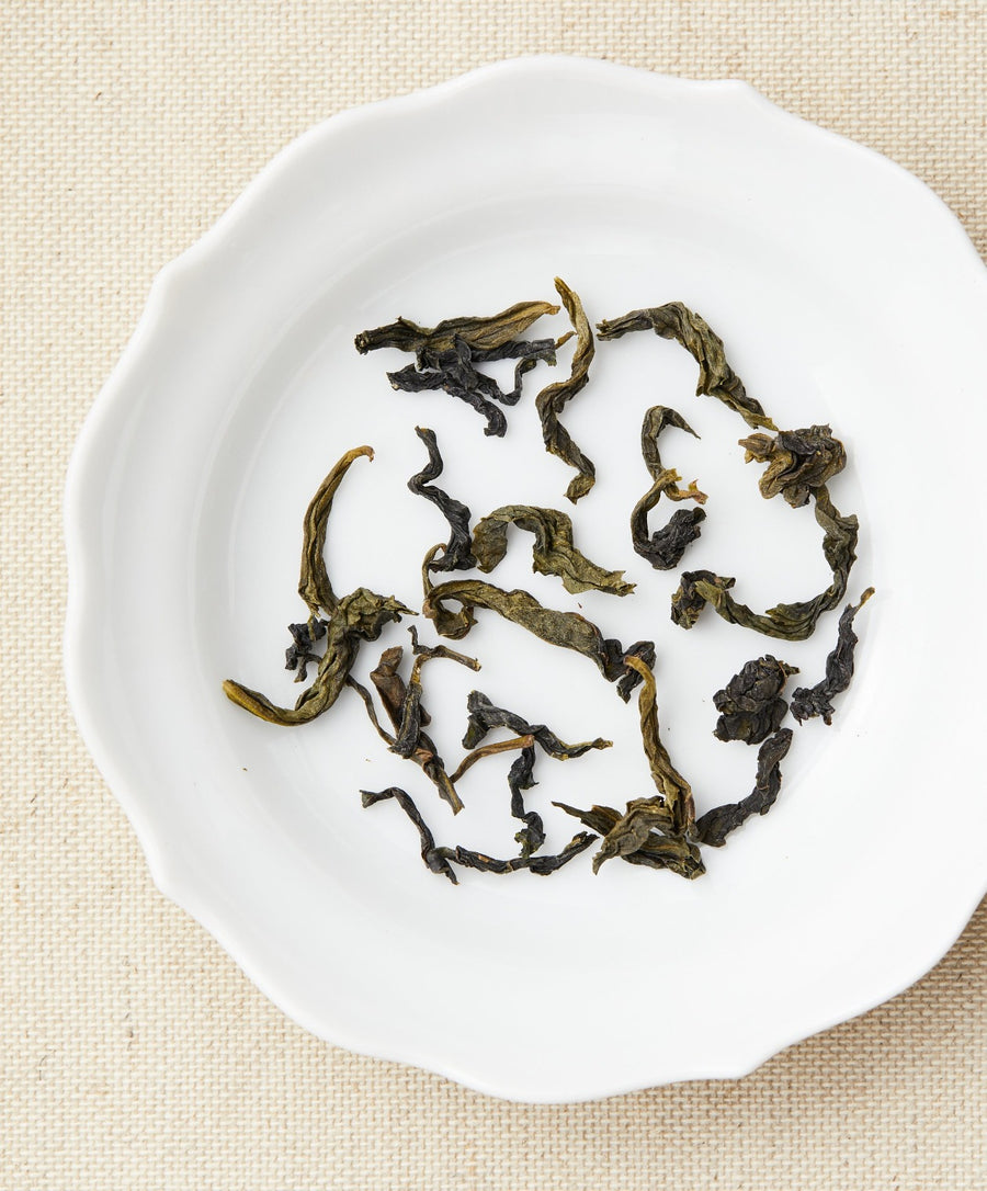 baozhong oolong tea dry leaf