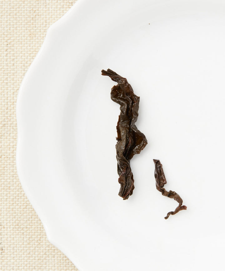 aged frozen summit oolong tea open leaf