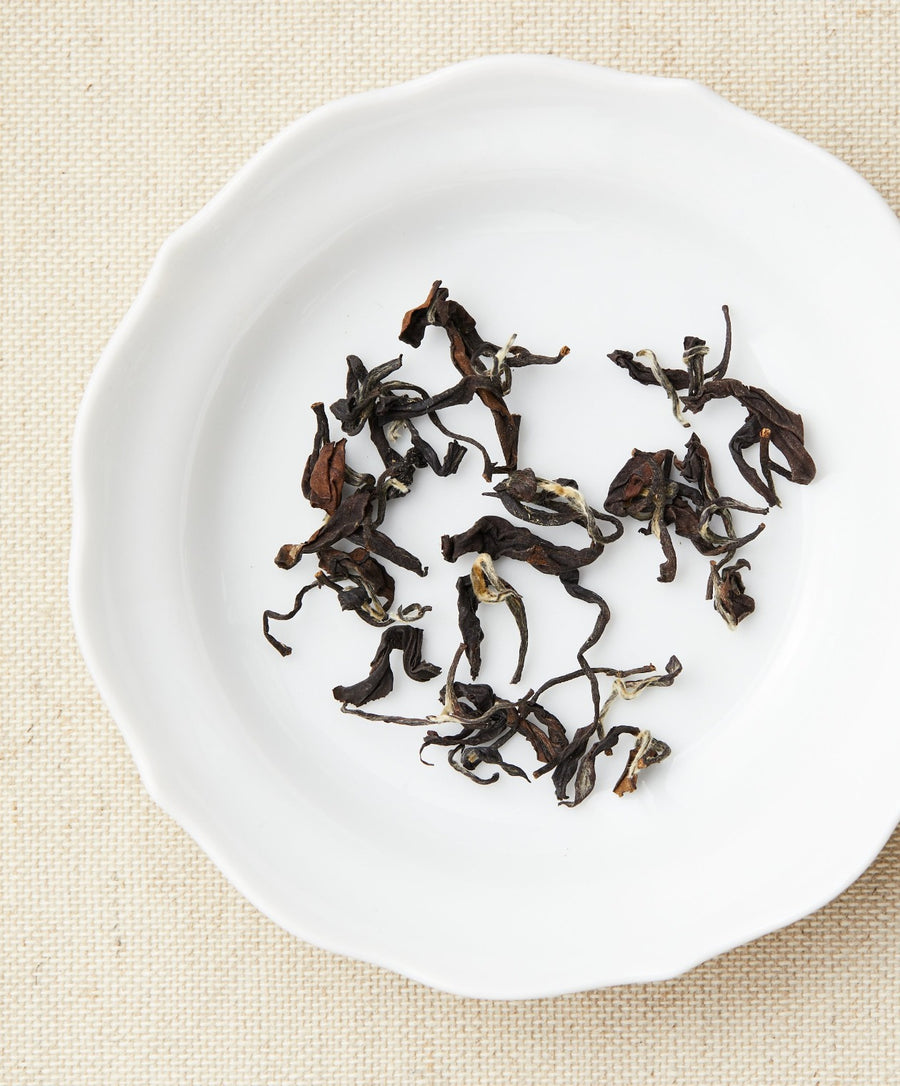 oriental beauty oolong tea dry leaf