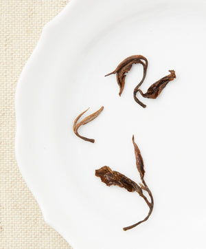 oriental beauty oolong tea open leaf