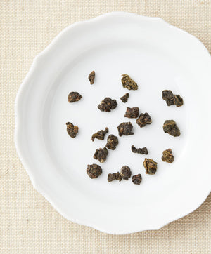 royal courtesan oolong tea dry leaf