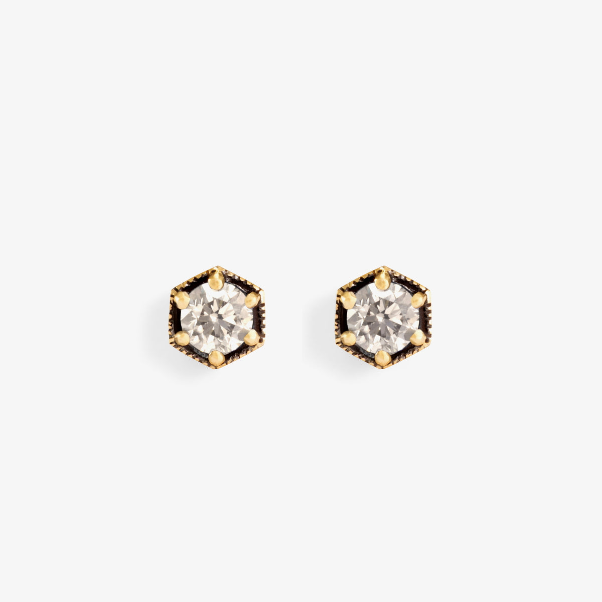 18K Yellow Gold (w/Black Rhodium)