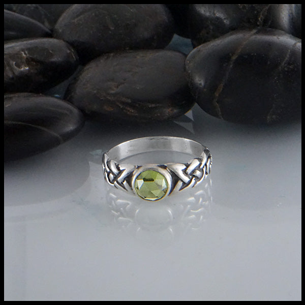 Limited Edition Ban Tigherna Ring with Rose Cut Peridot