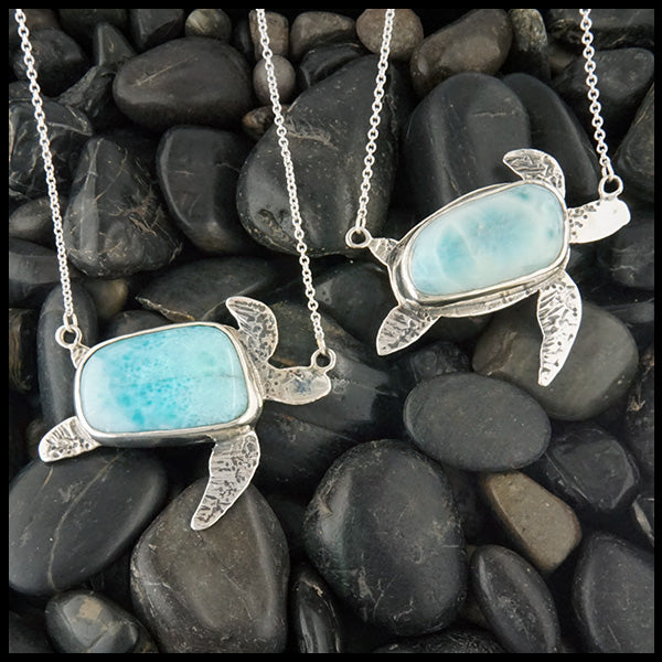 Sea Turtle Pendant in Sterling Silver set with Larimar