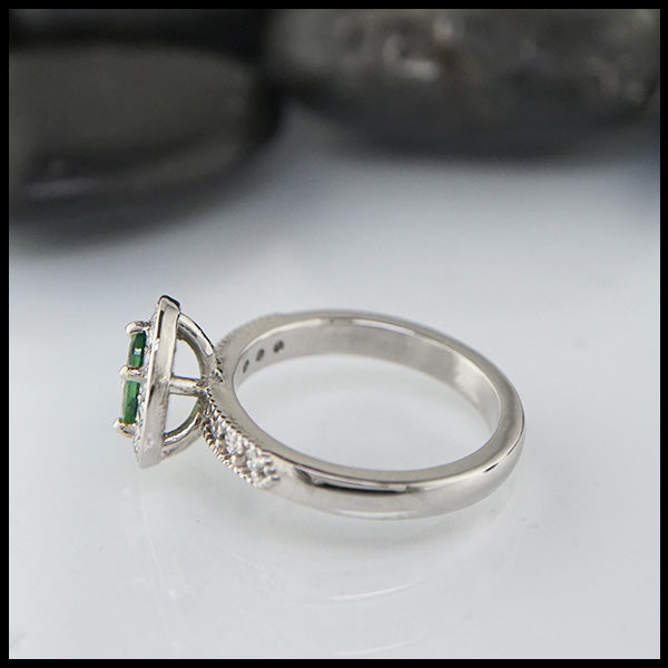 white gold and tsavorite ring
