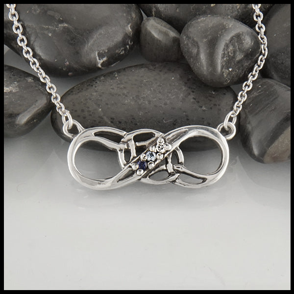 Infinity Knot Mothers Pendant in Sterling silver
