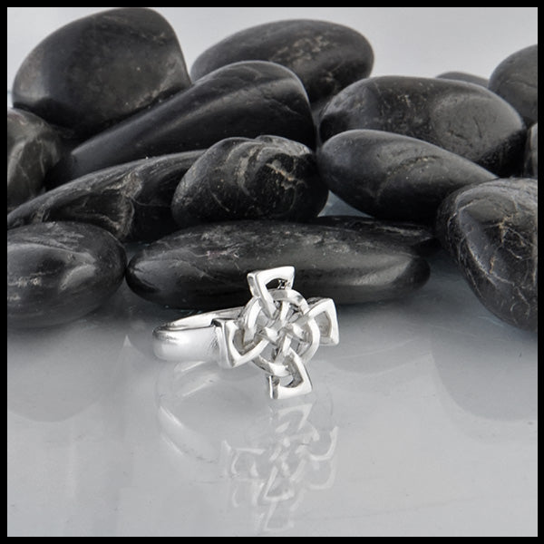 Celtic Cross Ring in Silver