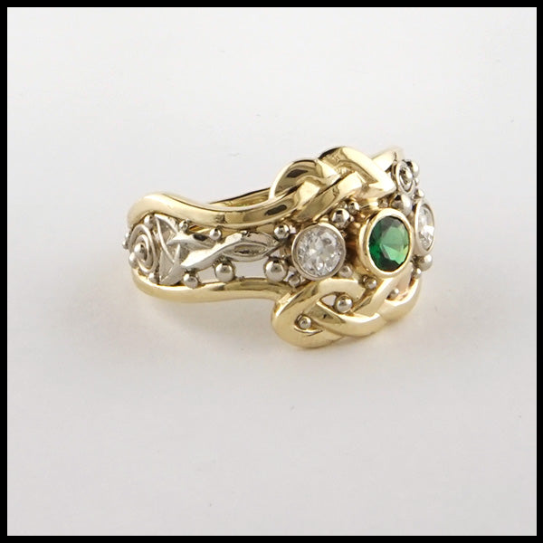 Celtic Statement ring in two tone gold with Tsavorite