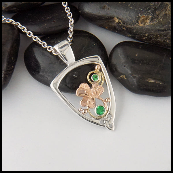 Pendant with Shamrock and Tsavorite