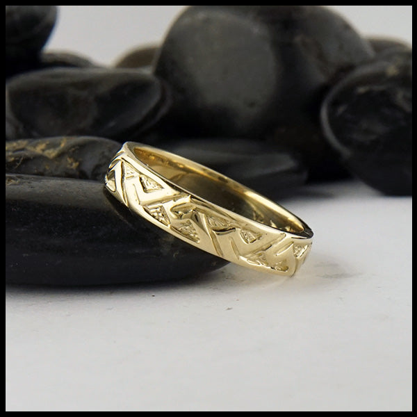 Narrow Pictish Key Pattern Ring in Gold
