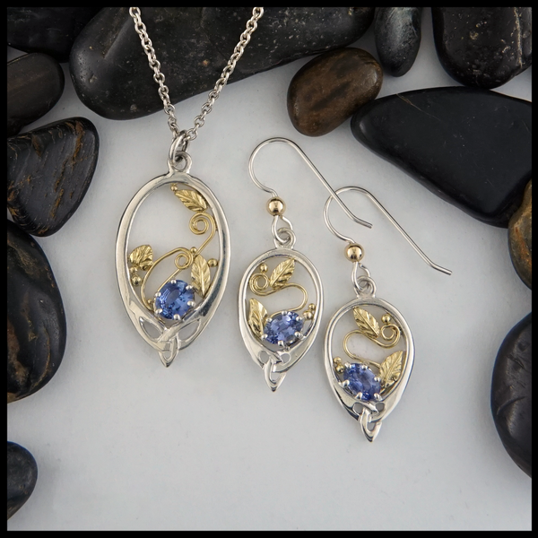 Oval Ceylon Sapphire Pendant and Earring Set