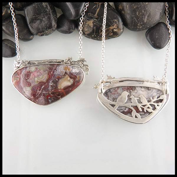 Crazy Lace Agate Pendant with Momma and Baby Birds