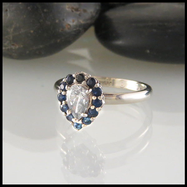 Ombre Ring in White Gold with Sapphires and Diamond