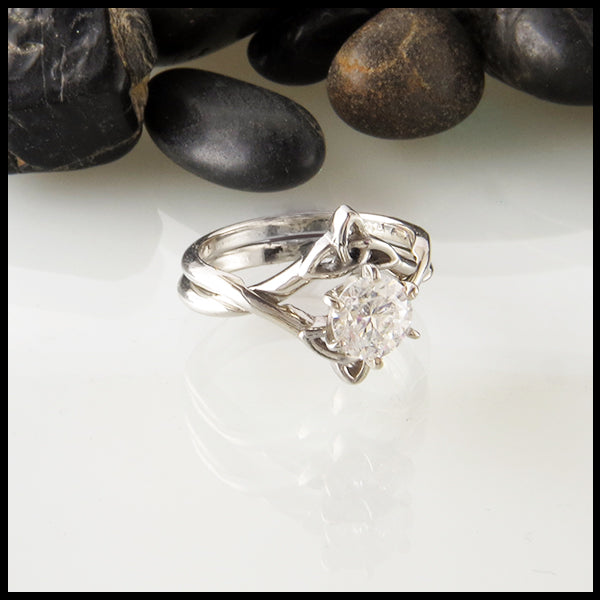 Interlocking Wedding Set with 1.00ct Diamond