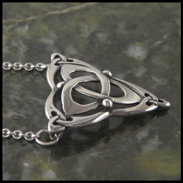 Triquetra bar pendant in Sterling Silver