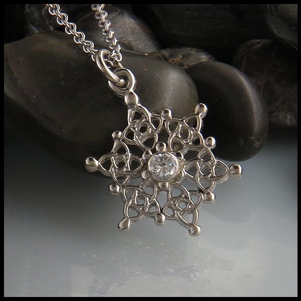 Small Celtic Starlight Snowflake in White Gold with Diamond