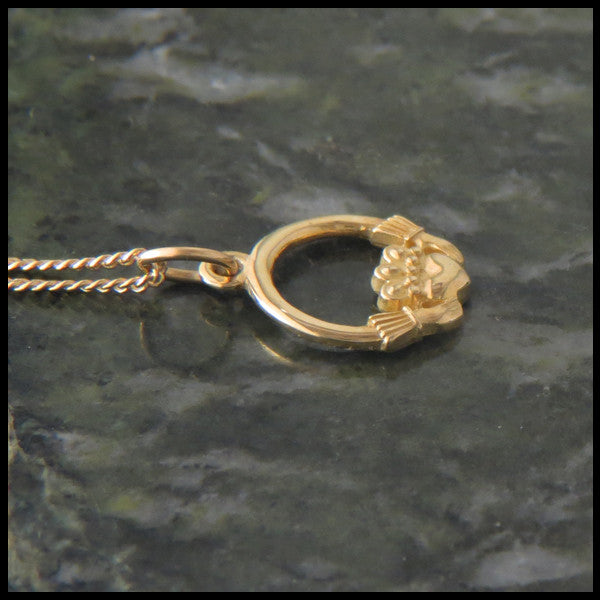 Irish Claddagh Pendant Necklace in 14K Gold