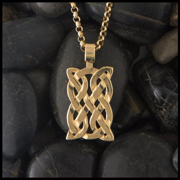 St Andrew's Knot pendant in 14K Yellow, Rose and White Gold