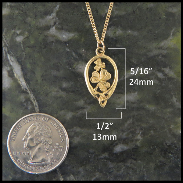 Triquetra Irish Shamrock pendant in 14K Gold