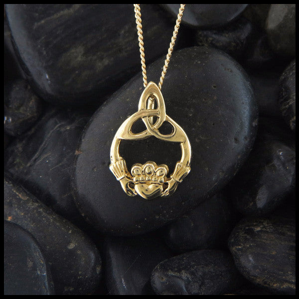 Claddagh Trinity Pendant Necklace in 14K Gold