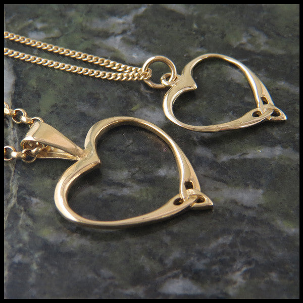 Simple Celtic Heart Knot pendant in 14K Yellow, Rose and White Gold