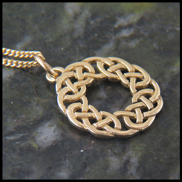 Lover's Knot pendant in 14K Yellow, Rose or White Gold