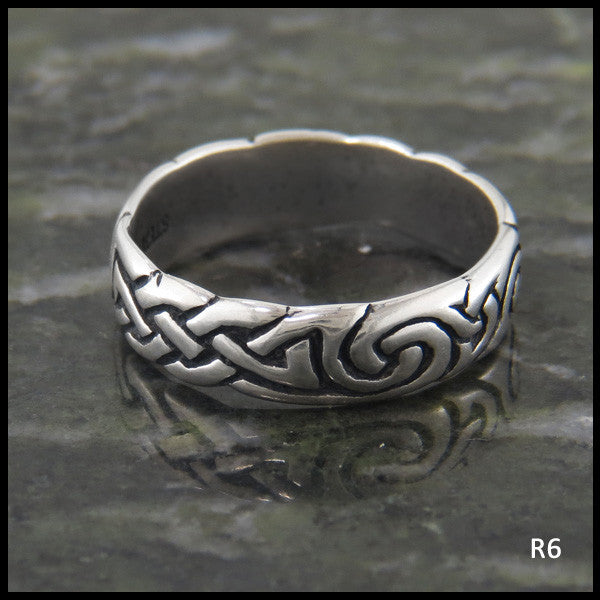 Spiral Knot Celtic Ring Band in Sterling Silver