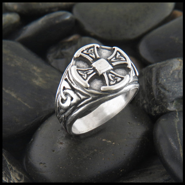 Large Men's Celtic Cross Ring in Sterling Silver