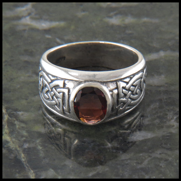 Thistle Celtic Knot Ring with Garnet
