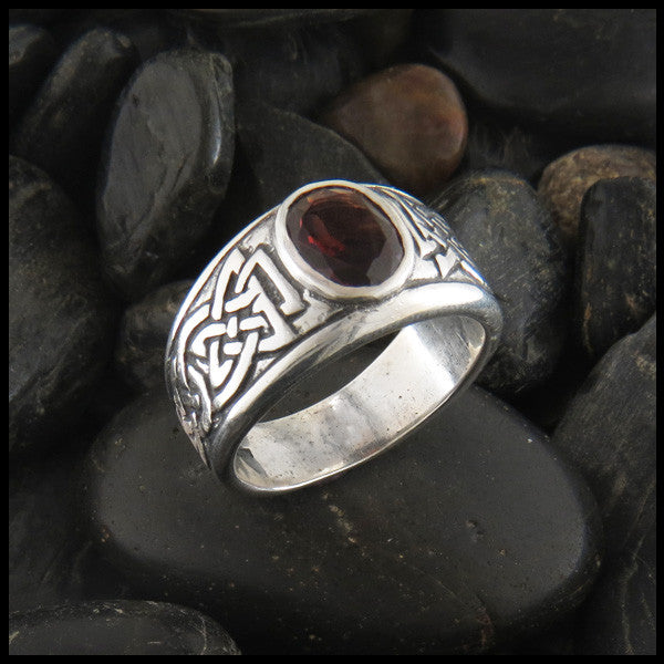 Galoglach Silver Celtic Ring With Garnet Amethyst Or